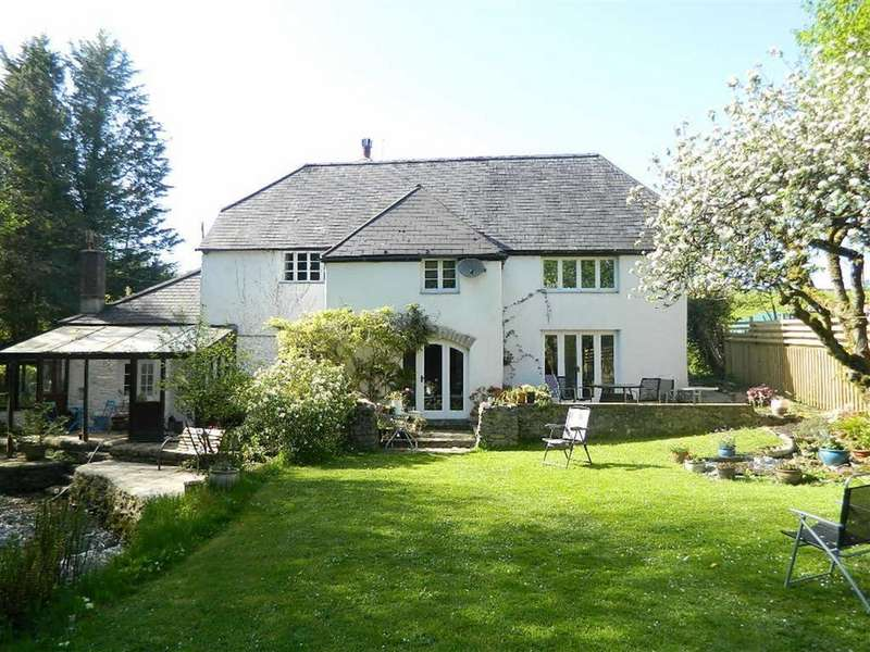 4 Bedrooms Detached House for sale in Dartington, Devon, TQ9