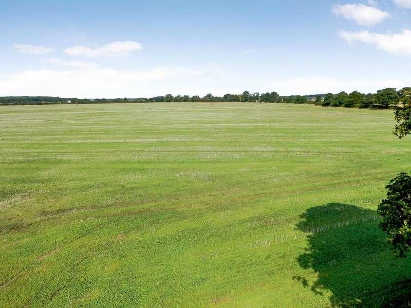 Land Commercial for sale in Grange Farm - Lot 2, Highgate Lane, Wood Enderby, Lincolnshire, PE22