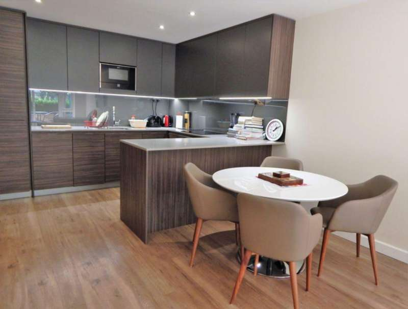 2 Bedrooms Flat for sale in Carleton House, Beaufort Park, NW9