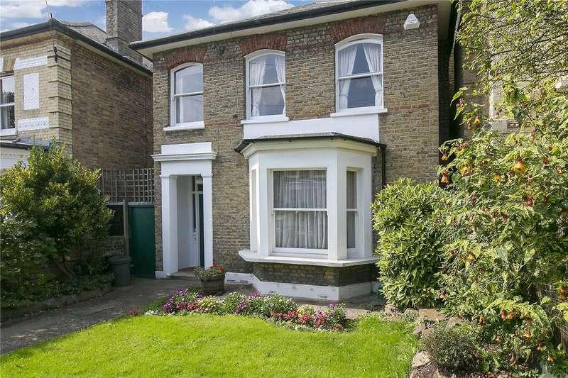 4 Bedrooms Detached House for sale in Endlesham Road, London, SW12
