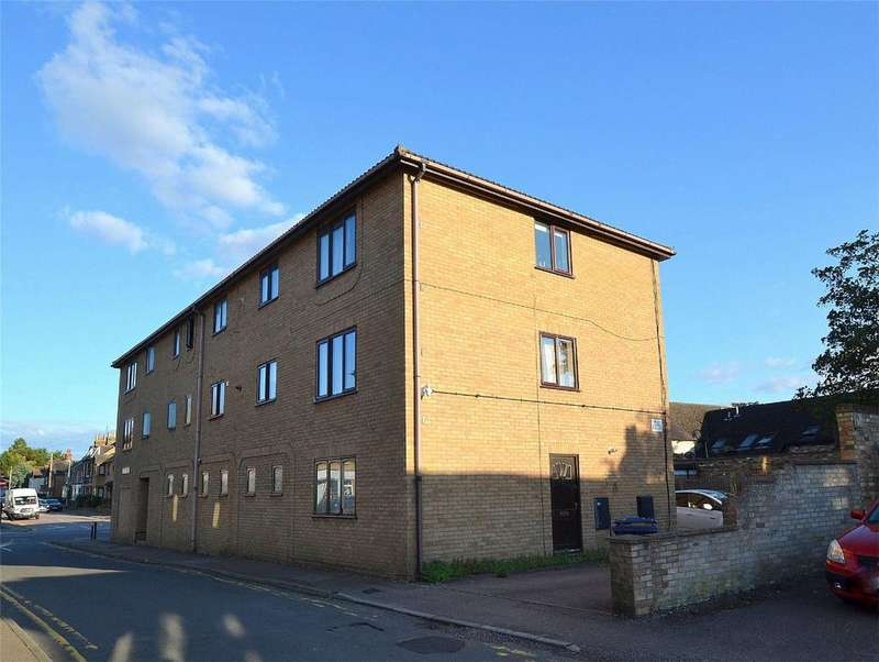 2 Bedrooms Flat for sale in Ingles Court, Russell Street, St Neots, Cambridgeshire