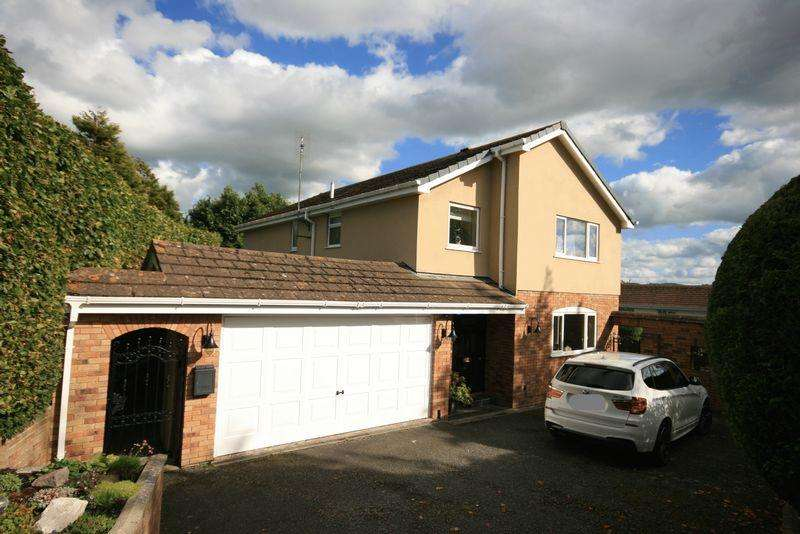 4 Bedrooms Detached House for sale in Albert Drive, Conwy