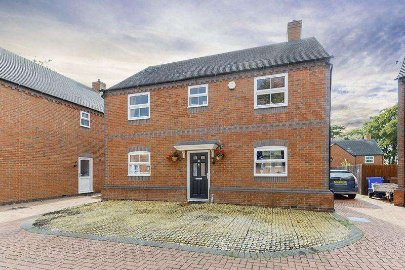 4 Bedrooms Detached House for sale in Bank House Gardens, Stoke on Trent, Staffordshire