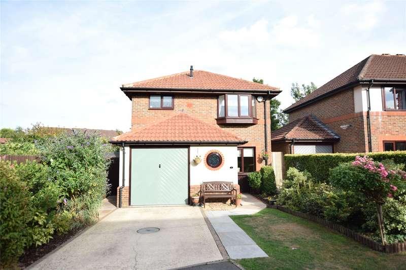 3 Bedrooms Detached House for sale in Big Barn Grove, Warfield, Bracknell, Berkshire, RG42