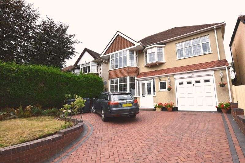 4 Bedrooms Property for sale in Banners Gate Road, Sutton Coldfield
