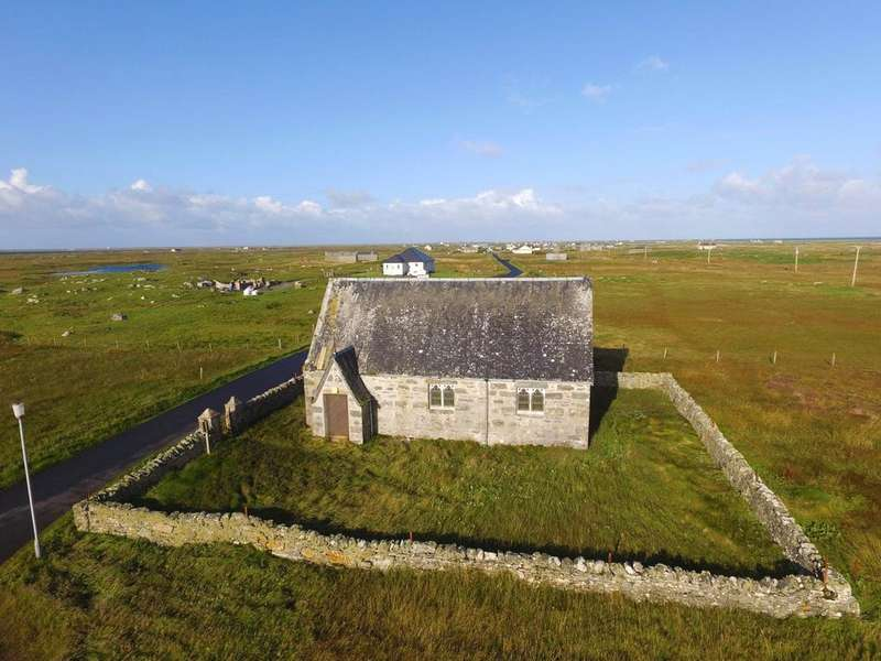 3 Bedrooms Detached House for sale in Iochdar Mission Church, Eochar, Isle of South Uist, Eilean Siar, HS8