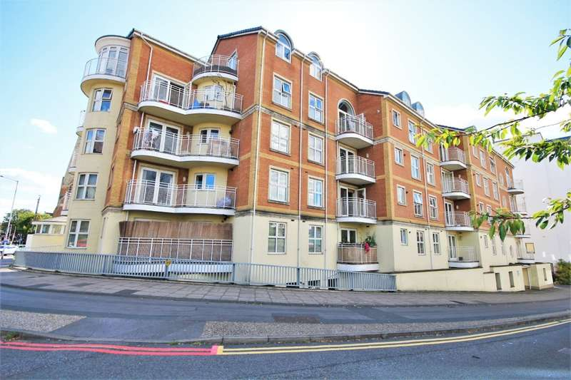 2 Bedrooms Flat for sale in Grantley Heights, Kennet Side, Reading, RG1