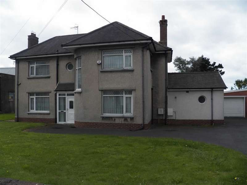 4 Bedrooms Detached House for sale in Pemberton Road, Llanelli