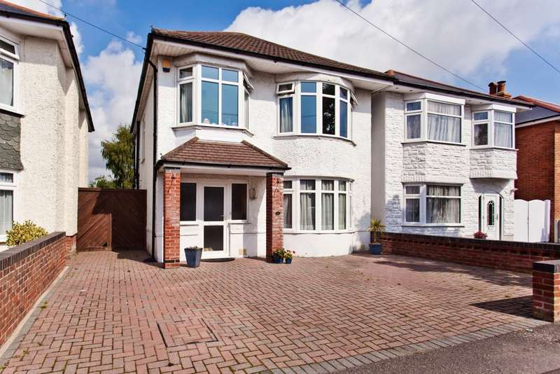 3 Bedrooms Detached House for sale in Hambledon Road, Southbourne