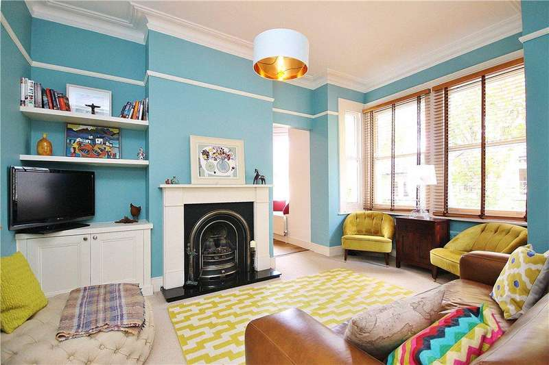 3 Bedrooms Apartment Flat for sale in Amerland Road, Wandsworth, London, SW18