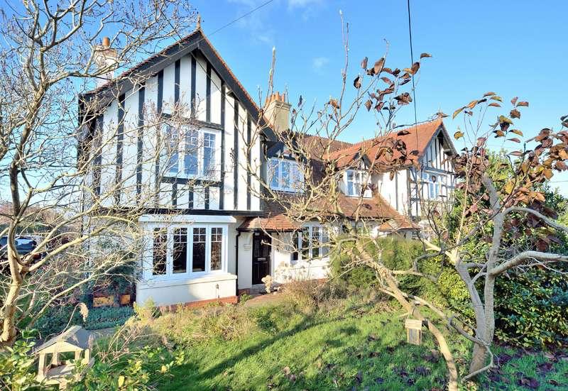 3 Bedrooms Semi Detached House for sale in 1 The Gables, Bath Road, Sturminster Newton, Dorset, DT10 1EA
