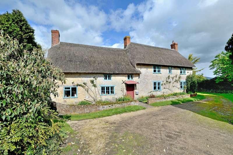 4 Bedrooms Farm House Character Property for sale in Higher Farm House, Margaret Marsh, Shaftesbury, Dorset, SP7 0AZ