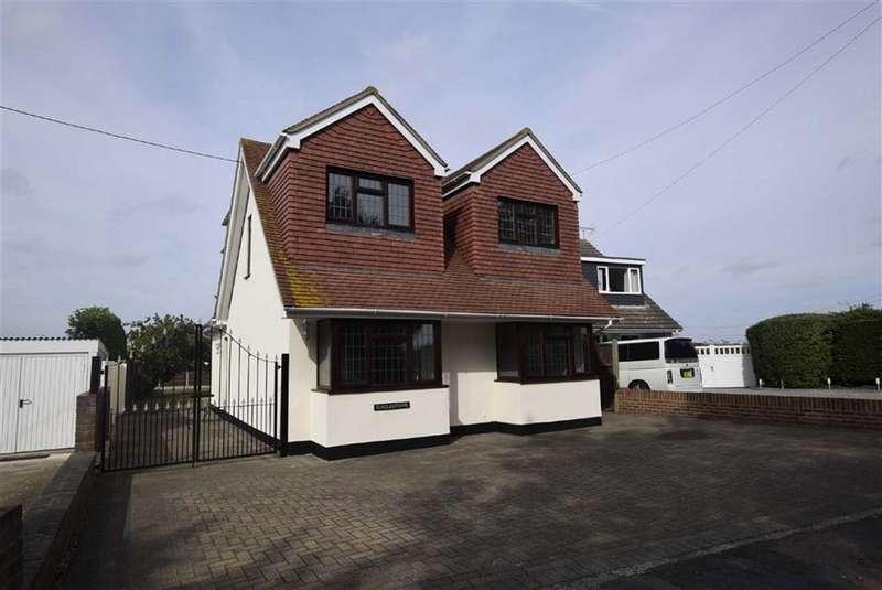 4 Bedrooms Detached House for sale in Highlands Crescent, Basildon, Essex