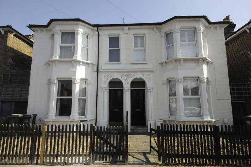 4 Bedrooms Semi Detached House for sale in St Swithuns Road, Hither Green