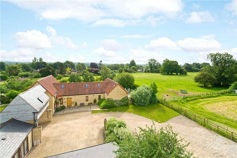 5 Bedrooms Detached House for sale in Clifton Road, Newton Blossomville, Bedfordshire
