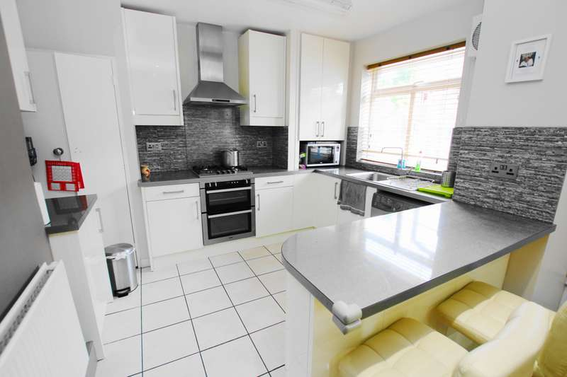 3 Bedrooms Terraced House for sale in Taft Way, E3 3DH