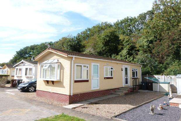 2 Bedrooms Mobile Home for sale in Nevada Park, Melton Mowbray, LE13