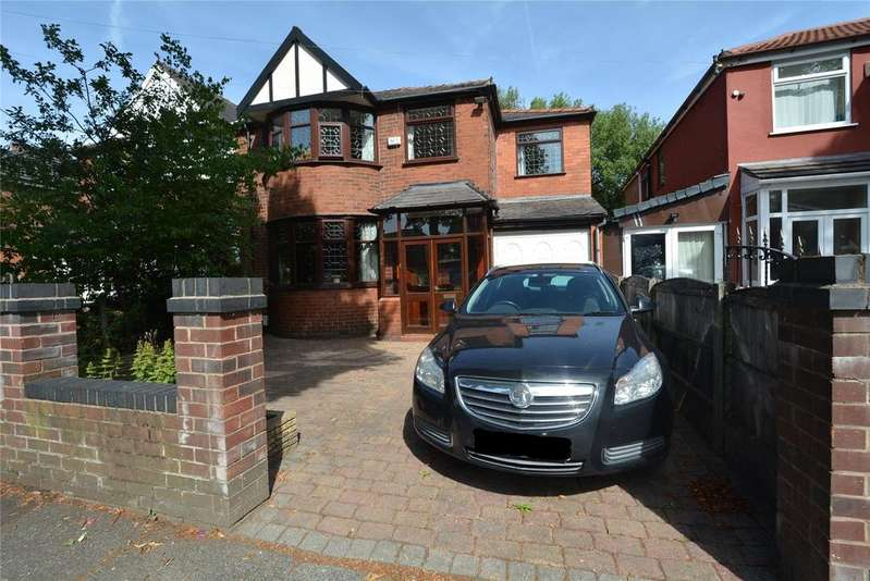 5 Bedrooms Semi Detached House for sale in Kings Rd, Stretford, M32