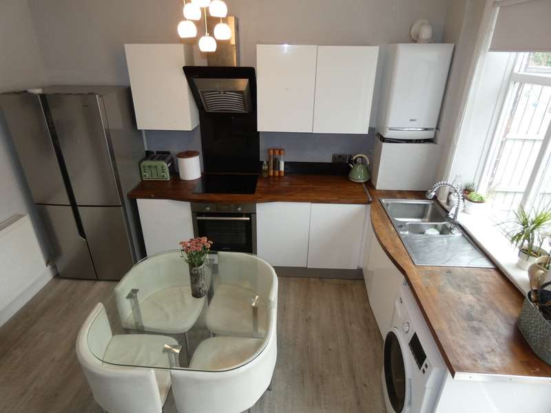 4 Bedrooms Semi Detached House for sale in Stephenson Street, Manchester, Greater Manchester, M35