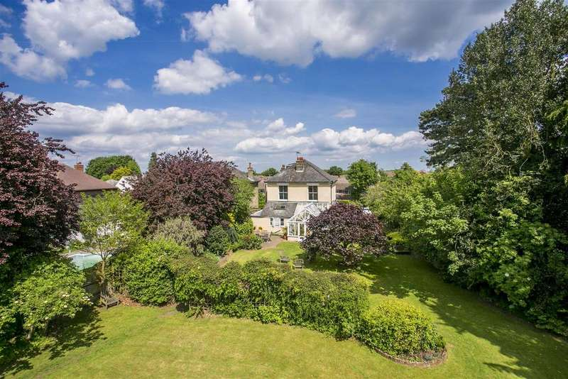 5 Bedrooms House for sale in Wrotham Road, Meopham, Kent