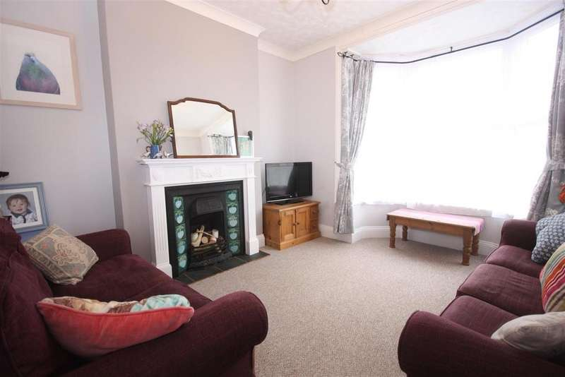 4 Bedrooms Terraced House for sale in Four Bedroom With En-suite, Easton