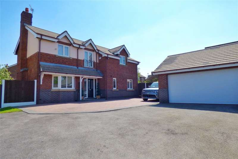 4 Bedrooms Detached House for sale in Failsworth Road, Woodhouses, Failsworth, Manchester, M35