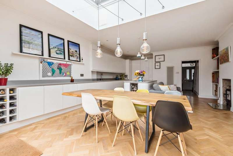 3 Bedrooms Terraced House for sale in Manor Lane Terrace, Hither Green