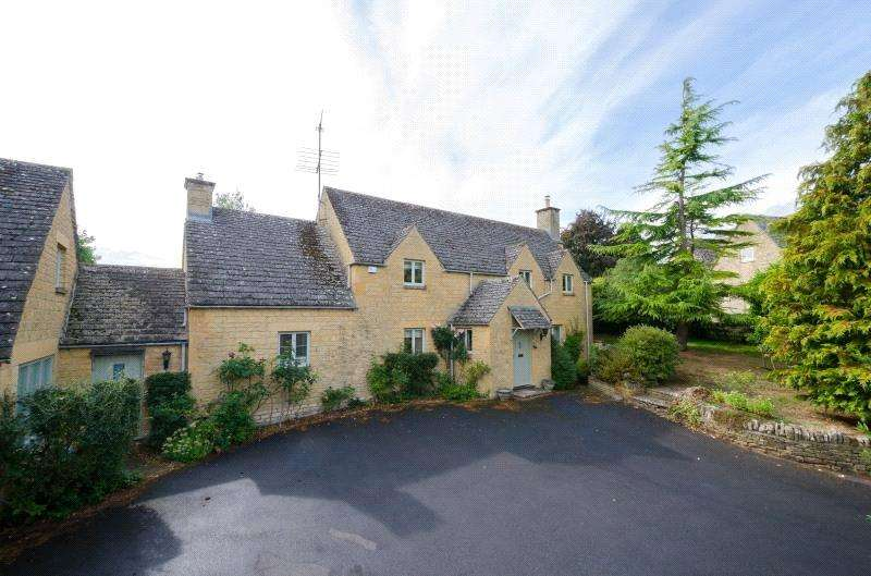 4 Bedrooms Detached House for sale in Coln St. Aldwyns, Cirencester, Gloucestershire, GL7
