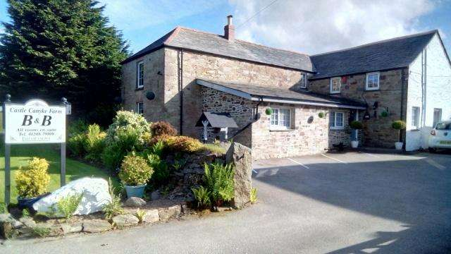 5 Bedrooms Detached House for sale in Bodmin