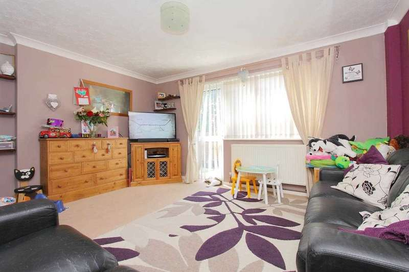 3 Bedrooms Terraced House for sale in Wye Court, Andover