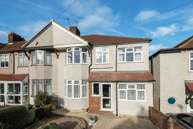 4 Bedrooms End Of Terrace House for sale in Westmoreland Avenue Welling DA16