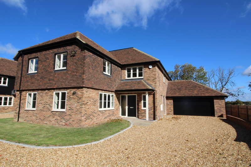 5 Bedrooms Detached House for sale in Plot 1, The Sycamores, Colmworth, MK44