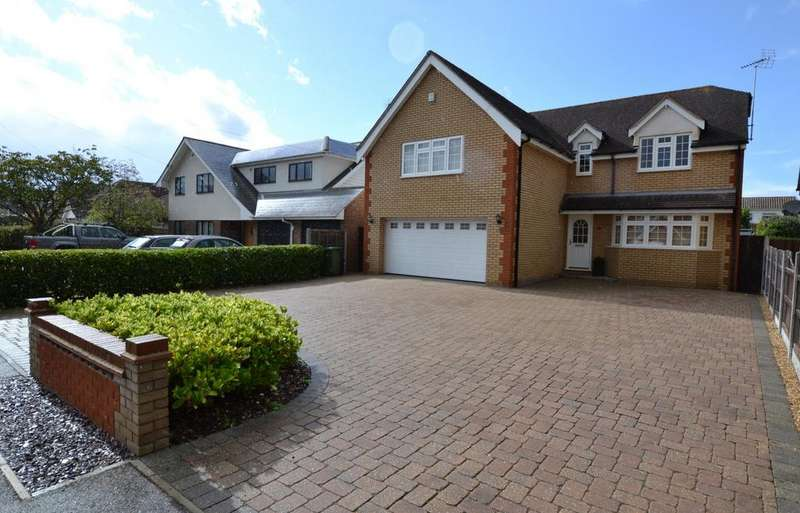5 Bedrooms Detached House for sale in Central Avenue, Billericay, Essex, CM12