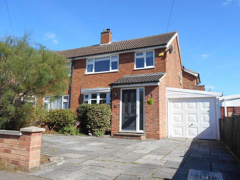 3 Bedrooms Semi Detached House for sale in Stanhope Road, Bedford, Bedfordshire, MK41 8BU