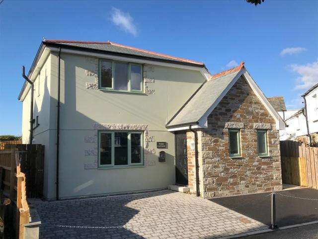 3 Bedrooms Detached House for sale in St Mabyn