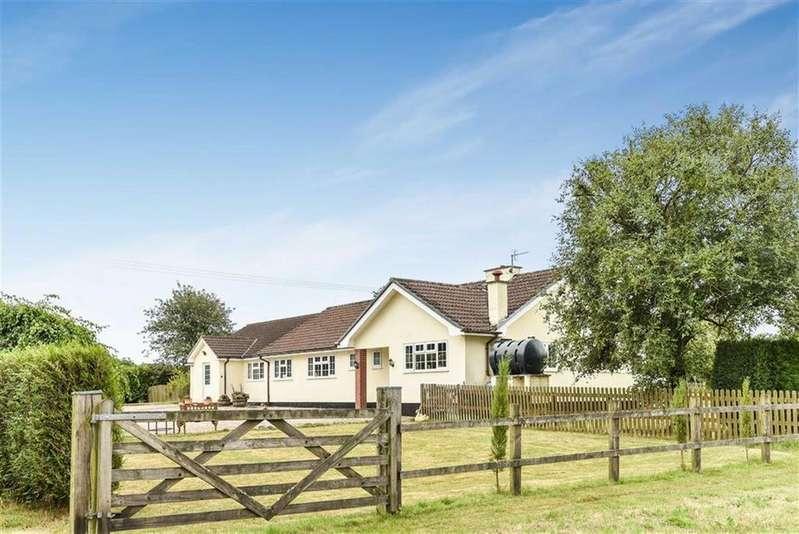 5 Bedrooms Bungalow for sale in Nomansland, Tiverton, Devon, EX16