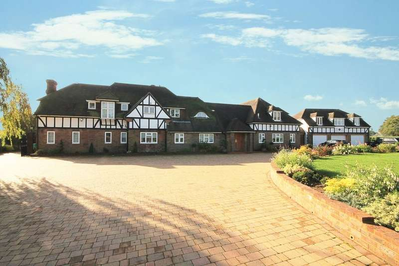 9 Bedrooms Detached House for sale in High Wych Road, Sawbridgeworth, CM21