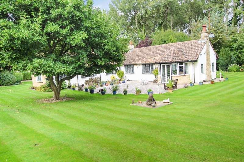 4 Bedrooms Detached Bungalow for sale in SET IN GROUNDS of APPROX. 2/3rds of AN ACRE