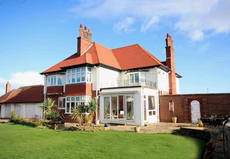 4 Bedrooms Detached House for sale in Cayley Promenade, Rhos on Sea LL28