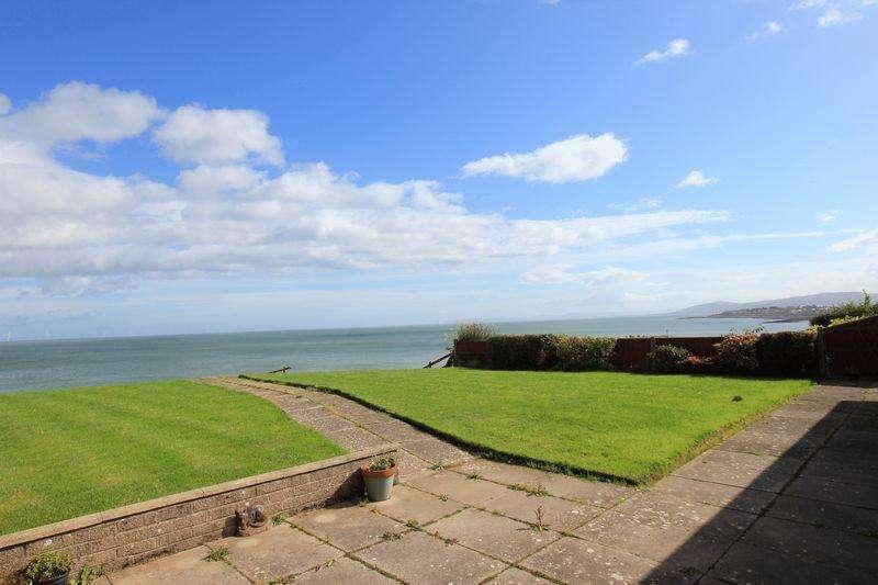 4 Bedrooms Detached Bungalow for sale in Penrhyn Beach East, Penrhyn Bay