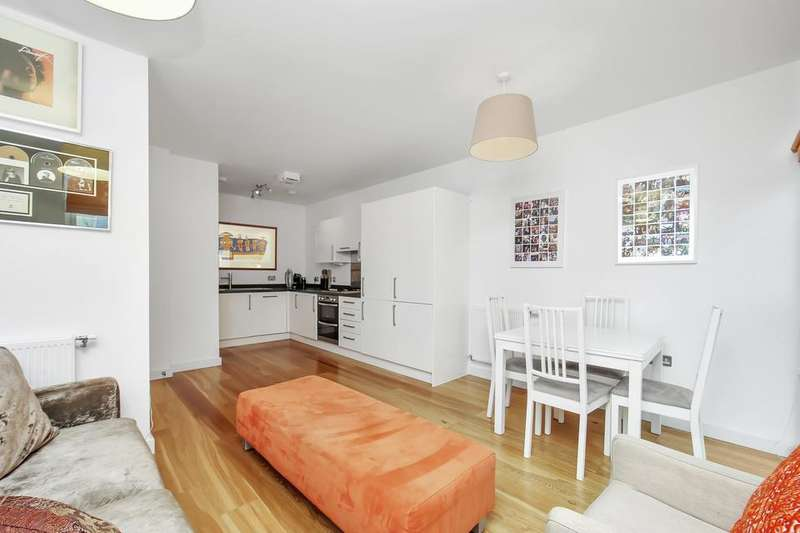 1 Bedroom Flat for sale in Saw Mill Way, London N16