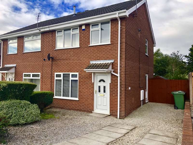 3 Bedrooms Semi Detached House for sale in Park Road Hindley Wigan