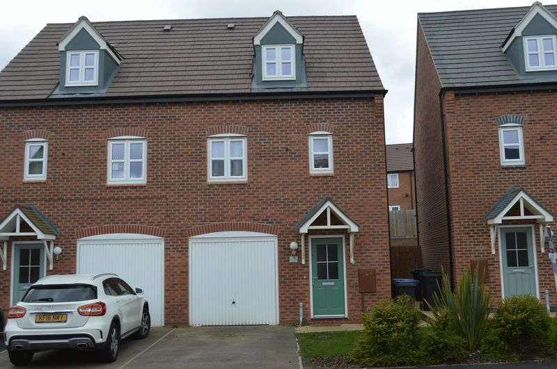 3 Bedrooms Property for sale in Olympic Way, Hinckley