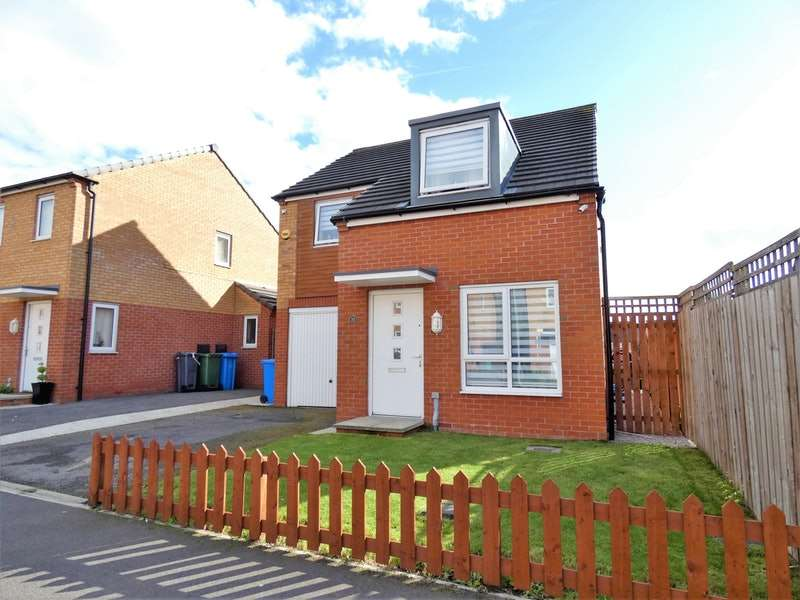 4 Bedrooms Detached House for sale in Metcombe Way, Manchester, Greater Manchester, M11