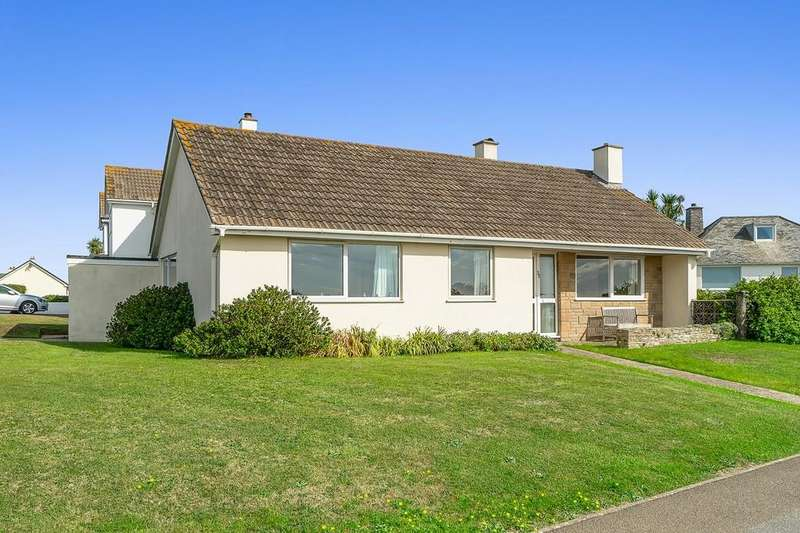 3 Bedrooms Detached Bungalow for sale in Crafthole, Torpoint