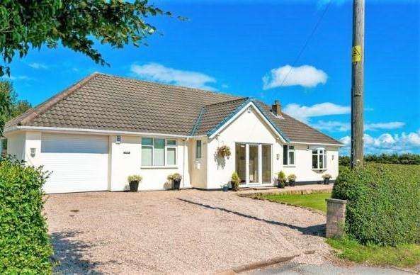 3 Bedrooms Detached Bungalow for sale in Spa Lane, Lathom, Ormskirk