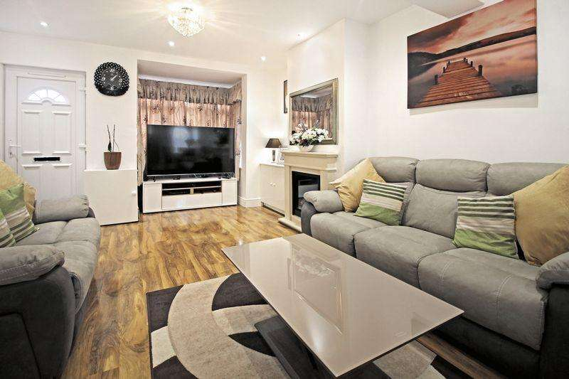 2 Bedrooms Semi Detached House for sale in Letchworth Road, Luton