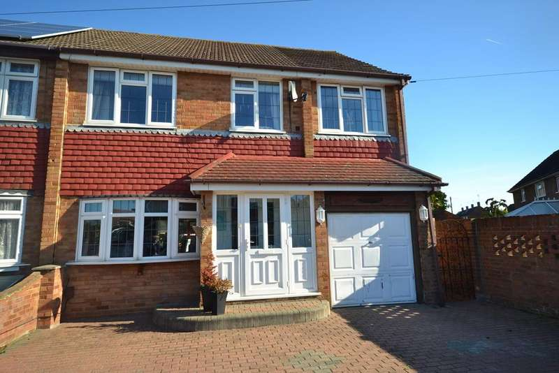 4 Bedrooms Semi Detached House for sale in Mackley Drive, Corringham, Stanford-le-Hope, SS17