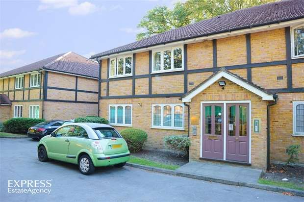 1 Bedroom Flat for sale in Aragon Court, Bracknell, Berkshire