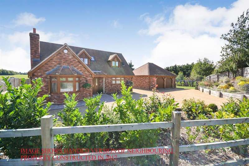 5 Bedrooms Bungalow for sale in Steeple Road, Latchingdon